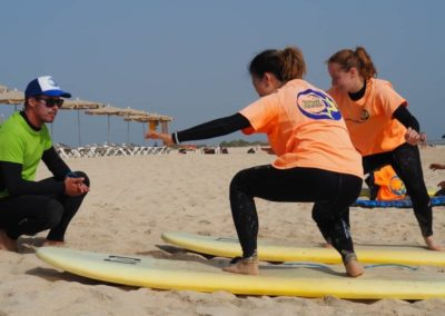 playa_girls_lesson_beginner_fuerteventura_canary_surf_academy