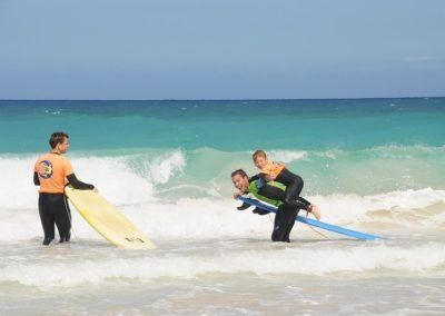 enjoy_family_kids_surf_Fuerteventura_canary_surf_academy